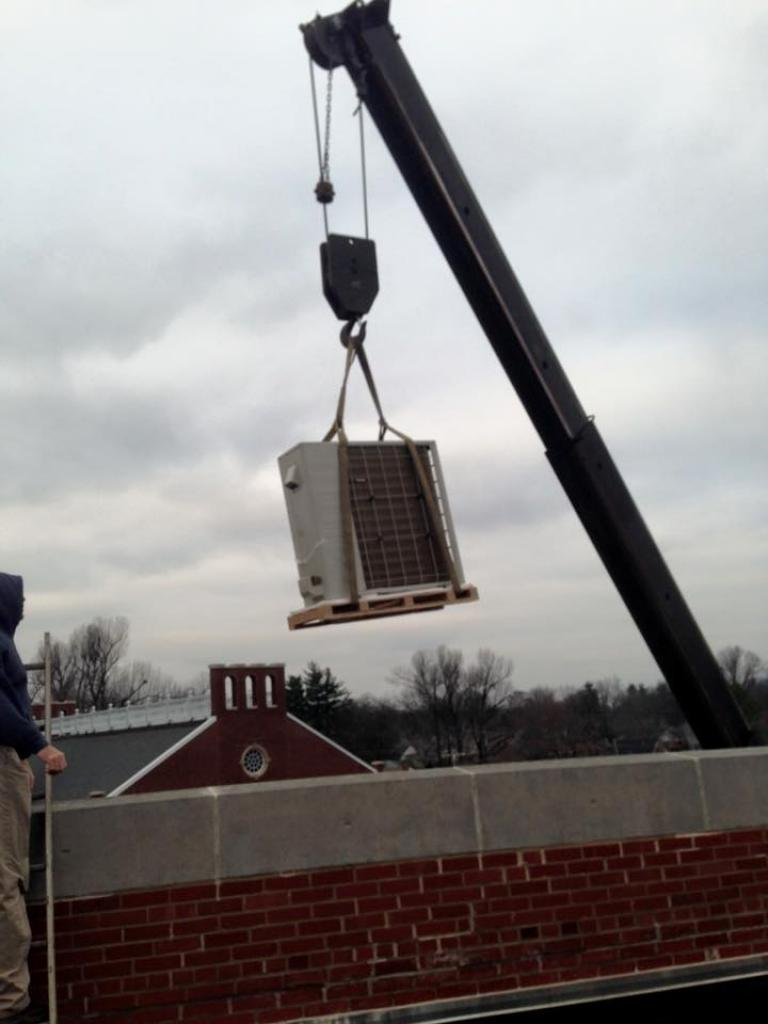 Heatpump-Unit-Lifted-to-the-Roof